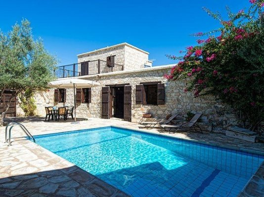 2-bedroom-stone-renovated-house-with-apartment-in-neo-chorio_full