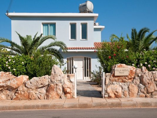3-bedroom-villa-niovi-st-george-sea-caves-paphos_full