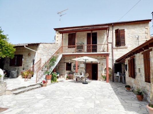 3-bedroom-village-house-with-annex-in-letymbou_full