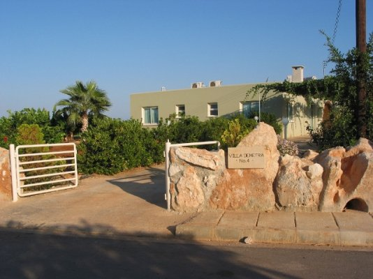 4-bedroom-villa-demetra-st-george-paphos_full