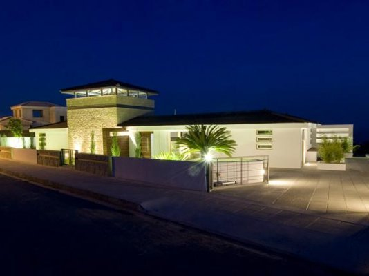 5-bedroom-villa-sea-caves-paphos_full