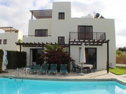 beachfront-3-bedroom-villa-kissonerga_full_7